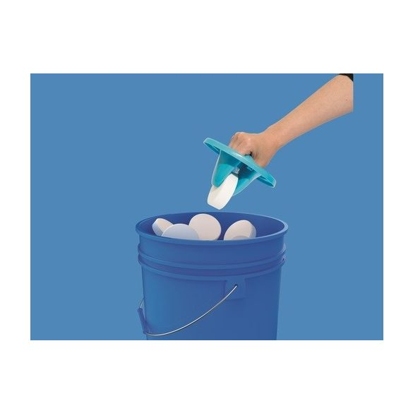 BESTWAY úszó MAXI vegyszer adagoló beépített vegyszerfogóval, kék (58474)